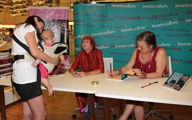 Rita Lee recebe os fãs