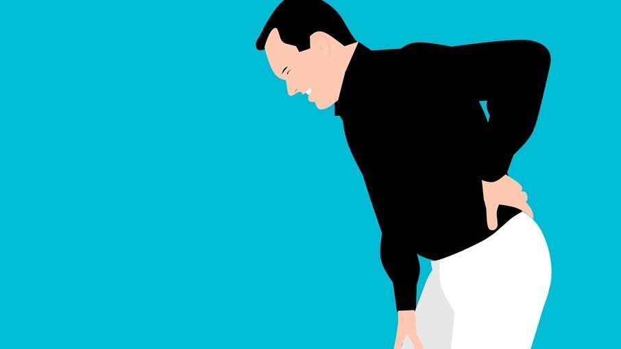 Grande parte dos trabalhadores remotos sofre de dor nas costas