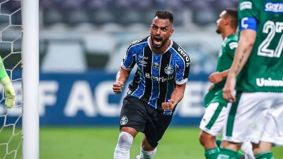 Maicon, jogador do Grêmio