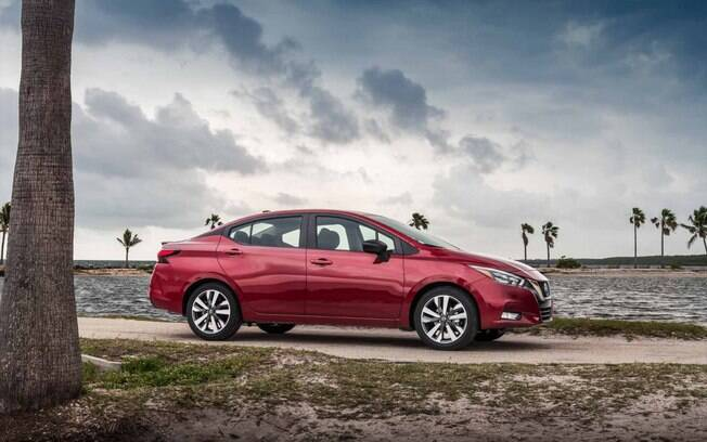 Nissan Versa é dos vários modelos que tiveram o lançamento adiado no Brasil, onde fabricantes vão rever seus planos