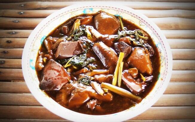 Sopa Thai é uma refeição completa e leve