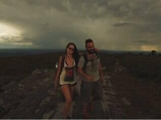 Agatha posta foto no Instagram ao lado do namorado