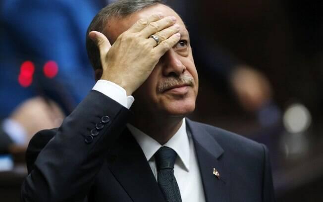 Acidente ocorre dois dias depois da Turquia realizar um referendo que deu mais poderes a Recep Tayyip Erdogan