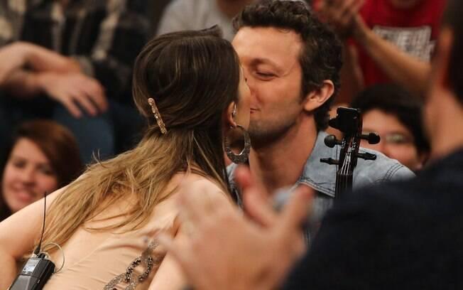 Sandy e Lucas Lima comemoram a primeira gravidez da cantora