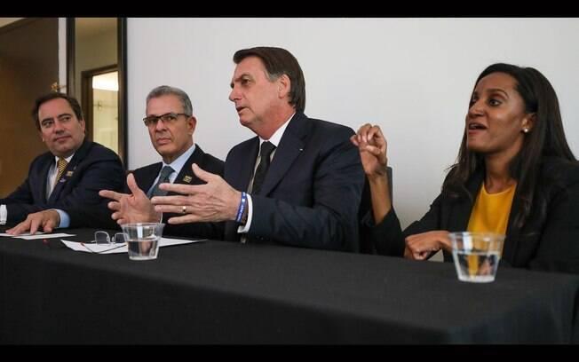 Em transmissão pelo Facebook com Bolsonaro, o presidente da Caixa disse que obras do Minha Casa Minha Vida seguem