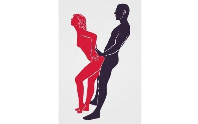 Uma das posições sexuais ideais para tentar no banho