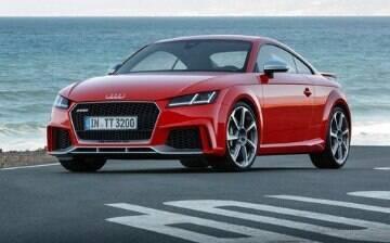 Audi TT RS vai de 0 a 100 km/h em 3,7 segundos!