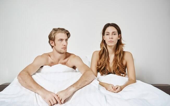 Se a mulher nota que o homem fingiu um orgasmo, o melhor caminho é abrir o jogo para que o casal possa resolver essa questão juntos