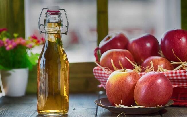 Vinagre de maçã é um aliado na dieta e também no dia a dia