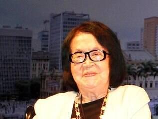 A artista plastica Tomie Ohtake morreu nesta quinta-feira (12) , em Sao Paulo , aos 101 anos . Ela estava internada desde 2 de fevereiro no Hospital Sírio-Libanes , na regiao central da cidade , para tratamento de uma leve pneumonia .  FOTO : Heloisa Ballarini / Secom (25/01/2015)