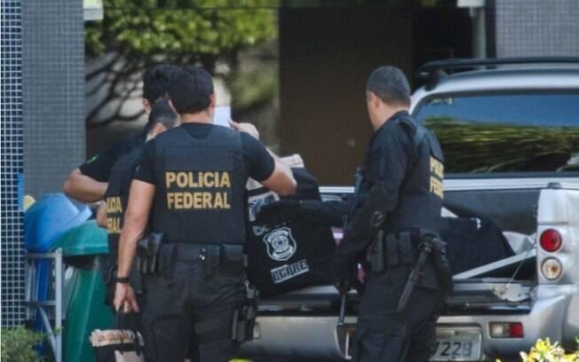 Foram expedidos 15 mandados de busca e apreensão e dois de prisão preventiva nessa fase da Lava Jato