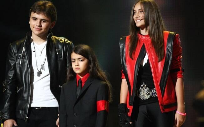 Prince,Blanket e Paris na homenagem ao pai