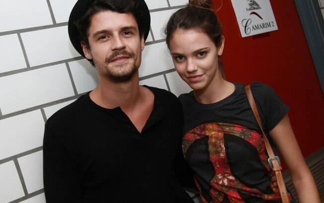 Felipe Solari e Laura Neiva estão juntos há pouco mais de um mês