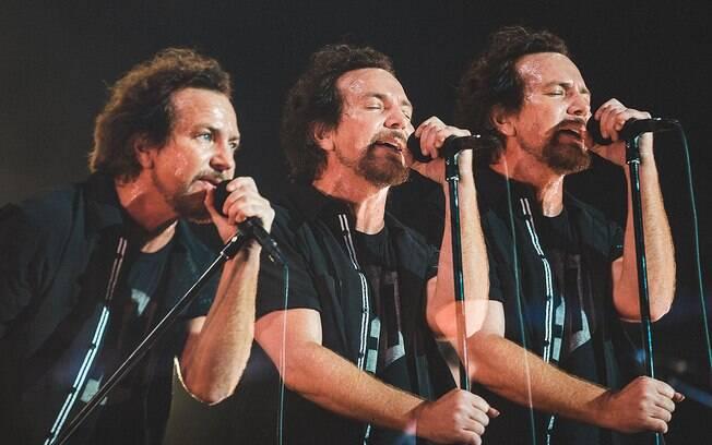Eddie Vedder e seu Pearl Jam causam sensação e cativam o público no Lollapalooza Brasil: