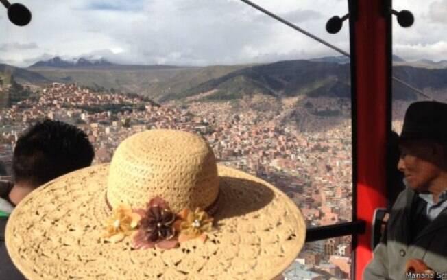 Crescimento tem mudado a paisagem de região no entorno da capital boliviana