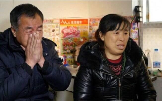 Os Zhang, cujo filho foi vítima de Li Jian, acusam as autoridades de negligência