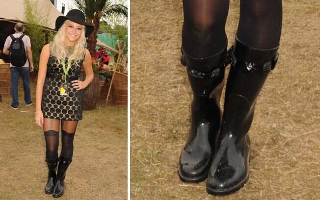 28b738d3614 ... Pixie Lott mostrou que mesmo com botas de borracha é possível montar um  look jovial e