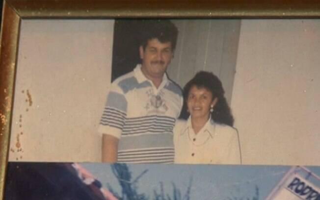 Eduardo Viana, de 50 anos, e Maria da Conceição Alves de Sousa, de 66 anos, foram achados mortos por um amigo do casal