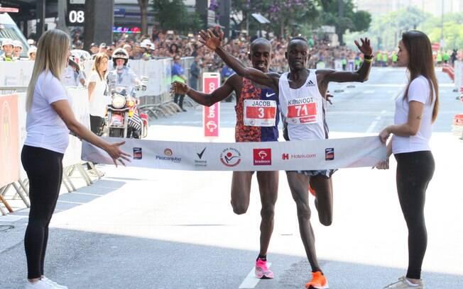 Queniano Kibiwott Kandie venceu a São Silvestre 2019