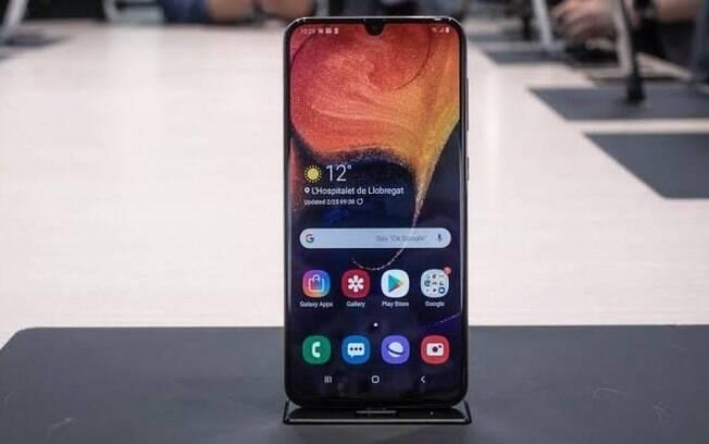 O Galaxy A50 está em promoção na Black Friday
