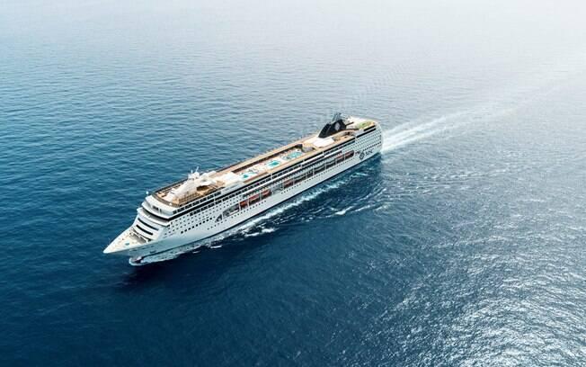Navio MSC Lirica é um dos novos exemplares que percorrerá os Emirados Árabes no verão de 2019/20
