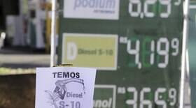Preço dos combustíveis pode levar a inflação de dois dígitos