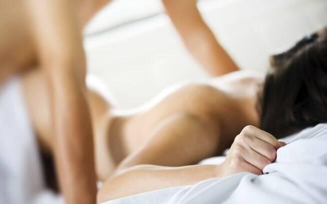 Entre os 25% dos casais que fizeram sexo anal, apenas 6% das mulheres e 2% dos homens não gostaram