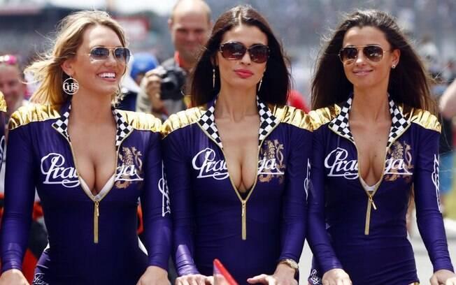 Grid girls no circuito de Navarra, na Espanha