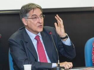 Candidato do PT ao governo do Estado recebeu R$ 500 mil do Itaú