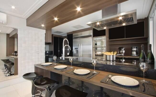 decoracao cozinha e copa : decoracao cozinha e copa:Para aproveitar o espaço da cozinha, os arquitetos Gerson Dutra e Ana