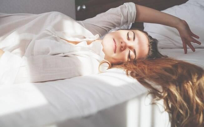 Orgasmo cerebral pode trazer várias sensações, entre elas felicidade e relaxamento