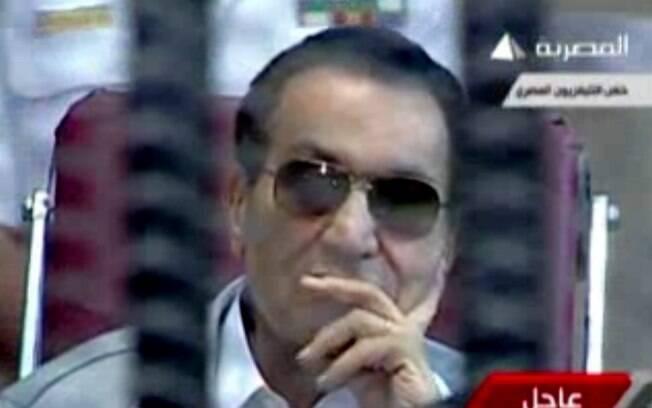 Hosni Mubarak, em reprodução de imagem divulgada pela televisão egípcia durante seu julgamento