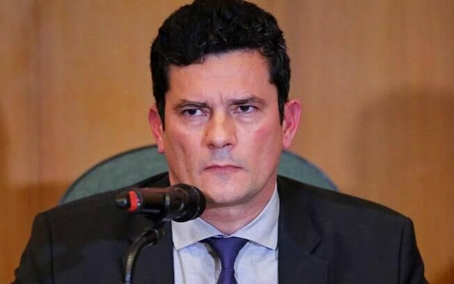 Instabilidade política entre Moro, Valeixo e Bolsonaro afeta economia