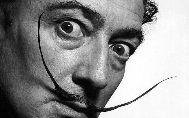 Salvador Dalí, pintor espanhol, morto em 1989