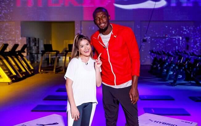 Maisa entrevista Usain Bolt no seu talk show