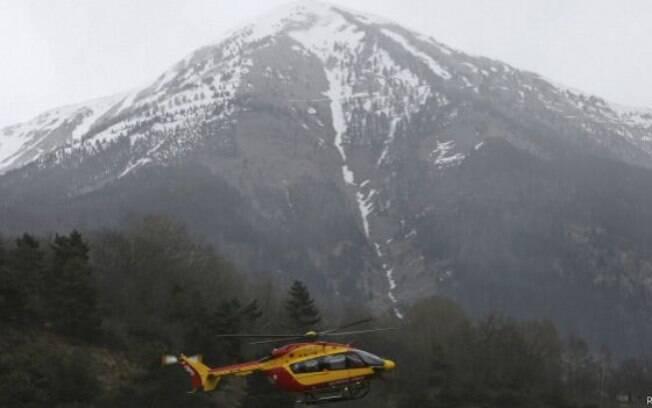 Avião cai com 150 pessoas no sul da França; não há sobreviventes
