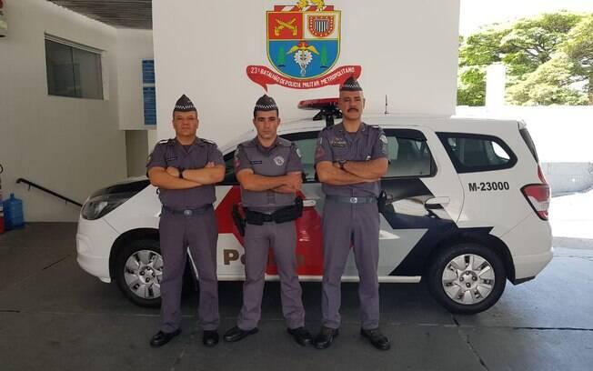 Tenente Coronel Mário Alves, Major Guillon  e 3º Sgt  Aragão encarregado da ocorrência  (da direita para esquerda)