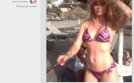 Susana Werner exibe corpão de dar inveja em praia na Espanha - Home - iG