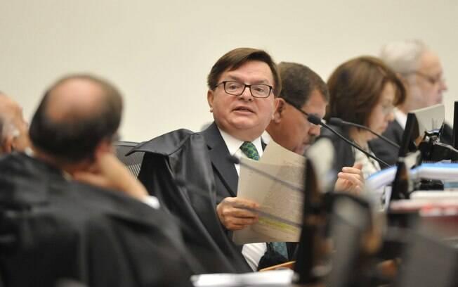 O ministro do TSE liberou nesta segunda-feira (27), a ação em que o PSDB pede a cassação da chapa