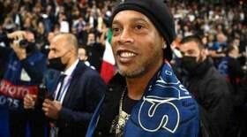 Ronaldinho irá agradar o Barça assistindo a El Clásico