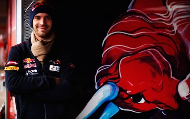 Toro Rosso - Jean-Éric Vergne - estrou como  titular da escuderia em 2012 e teve o contrato  renovado