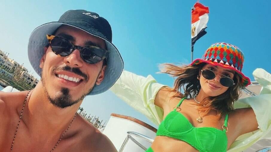 Giovanna Lancelloti curte viagem para o Egito como novo namorado