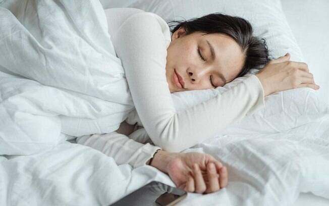 Aprenda a fazer as orações da noite para um sono mais calmo