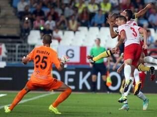 Defensor chegou ao terceiro gol dele na temporada pelo time de Madrid