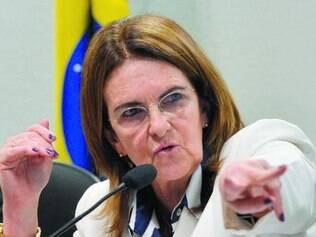 """Graça Foster admite que refinaria Abreu e Lima foi um """"erro"""""""