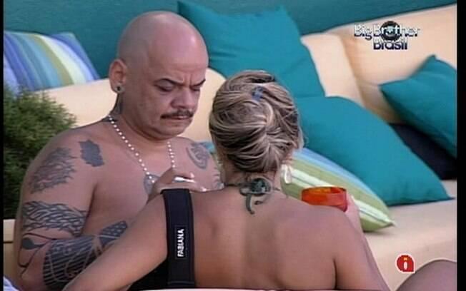 João deixa Fabiana à vontade para escolha