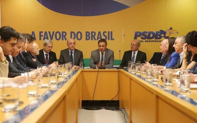Cúpula do PSDB diverge sobre a possibilidade de o partido deixar a base de apoio ao presidente Temer
