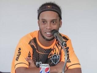 Ronaldinho se prepara para reencontro com palco que o lançou para o mundo do futebol