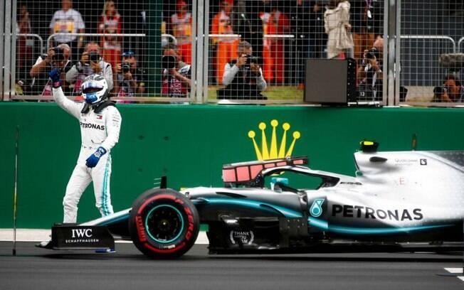 Bottas conquistou pole position em Eiffel