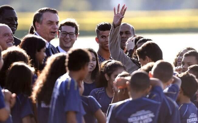Bolsonaro disse a crianças que elas vão